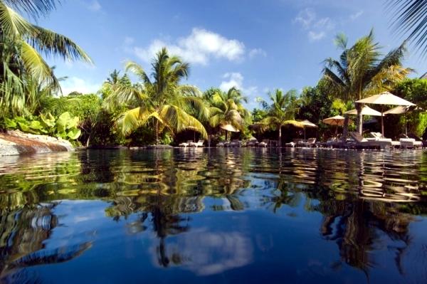 Luxury Iruveli - exotic private island in the Maldives