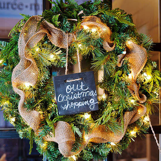 make your own christmas wreath with ribbon