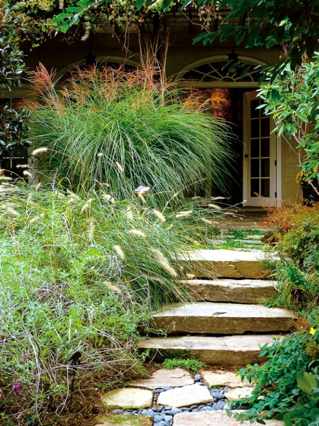 Stairs in the garden lay-a decorative item or need