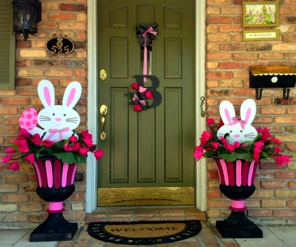 Outdoor easter decorations 27 ideas for garden and entry for Easter decorations ideas for the home