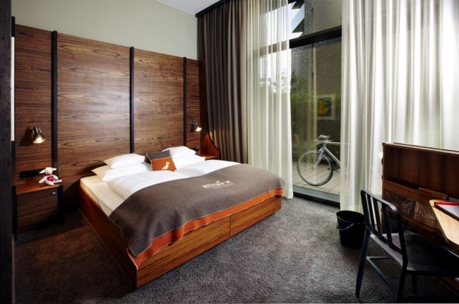 25hours Hotel Hamburg - Hafen atmosphere dominates the interior design