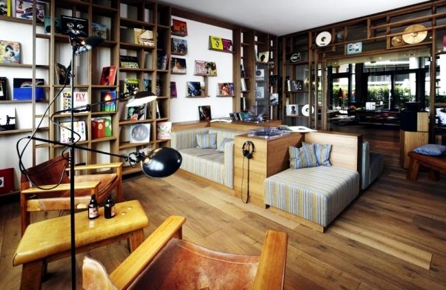 25hours hotel hamburg hafen atmosphere dominates the interior design interior design ideas. Black Bedroom Furniture Sets. Home Design Ideas