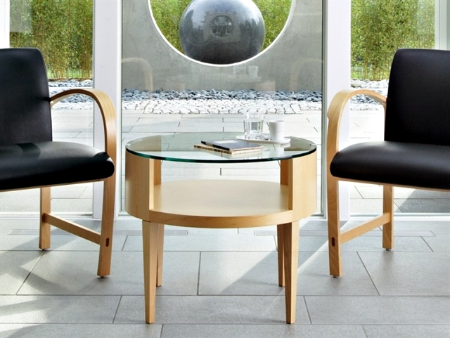 Round wooden table - classic furniture anywhere