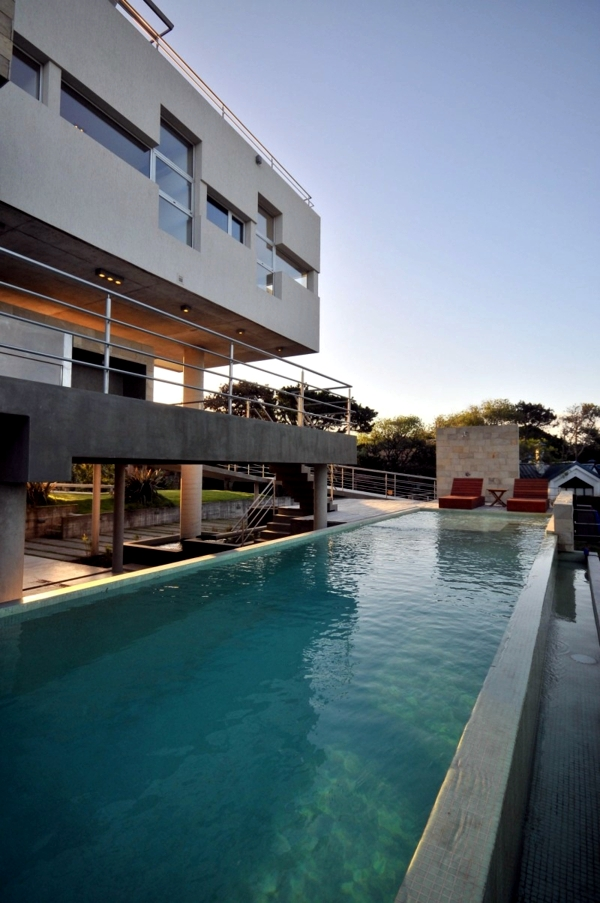 Modern concrete house overlooking the coast of Argentina