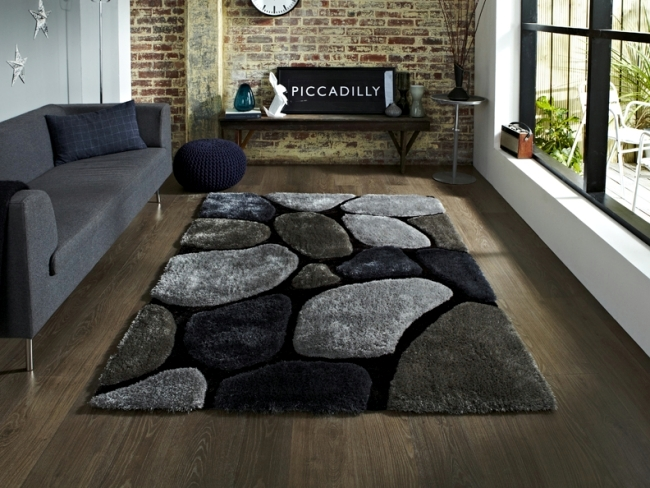 Colorful rugs from India and China - imported from Europe OCR