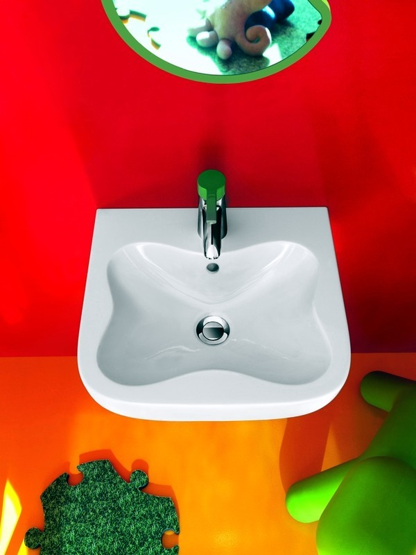 Operation Florakids - exclusive bath for children in bright colors