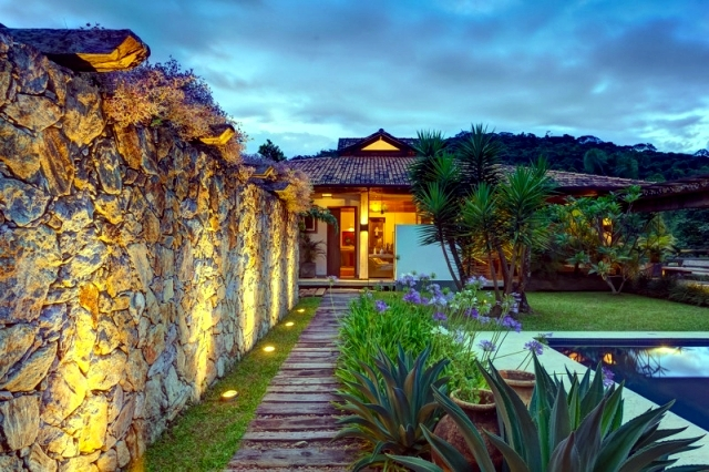 Exotic House Casa Brasil Fazenda offers a nature retreat