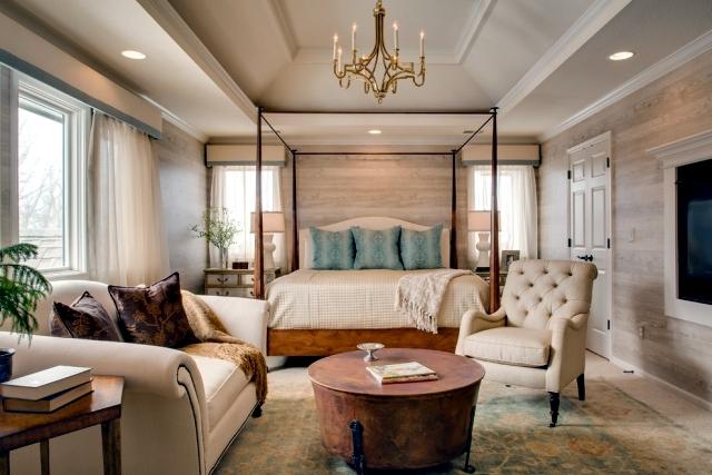Wood Look Wallpaper Brings Up Pleasure In The Bedroom Interior