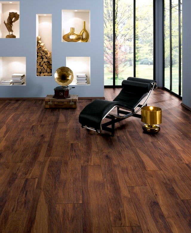 Laminate flooring - advantages and disadvantages compared