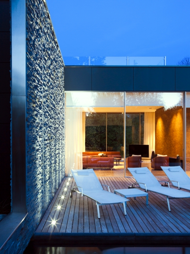 Fascinating Luxury Villa in a contemporary style