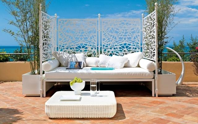 Caprice by Unopiù - iron lattice fence and decorative visual protection