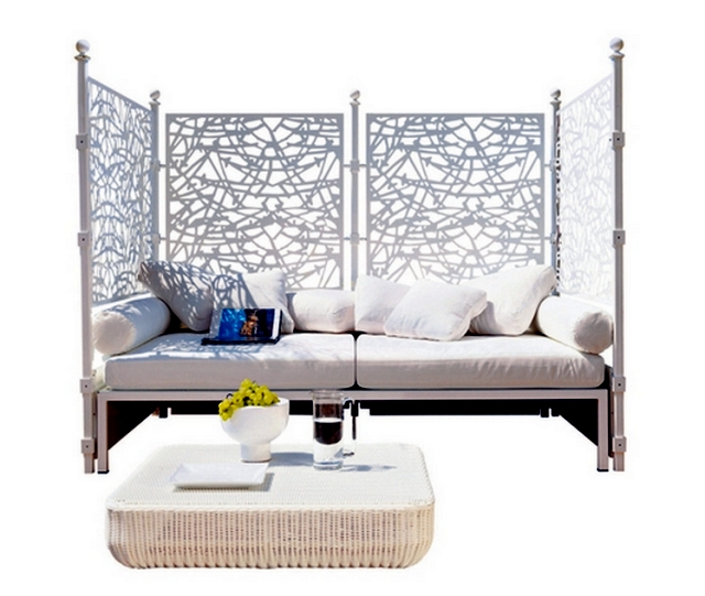 Caprice by Unopiù - iron lattice fence and decorative visual protection