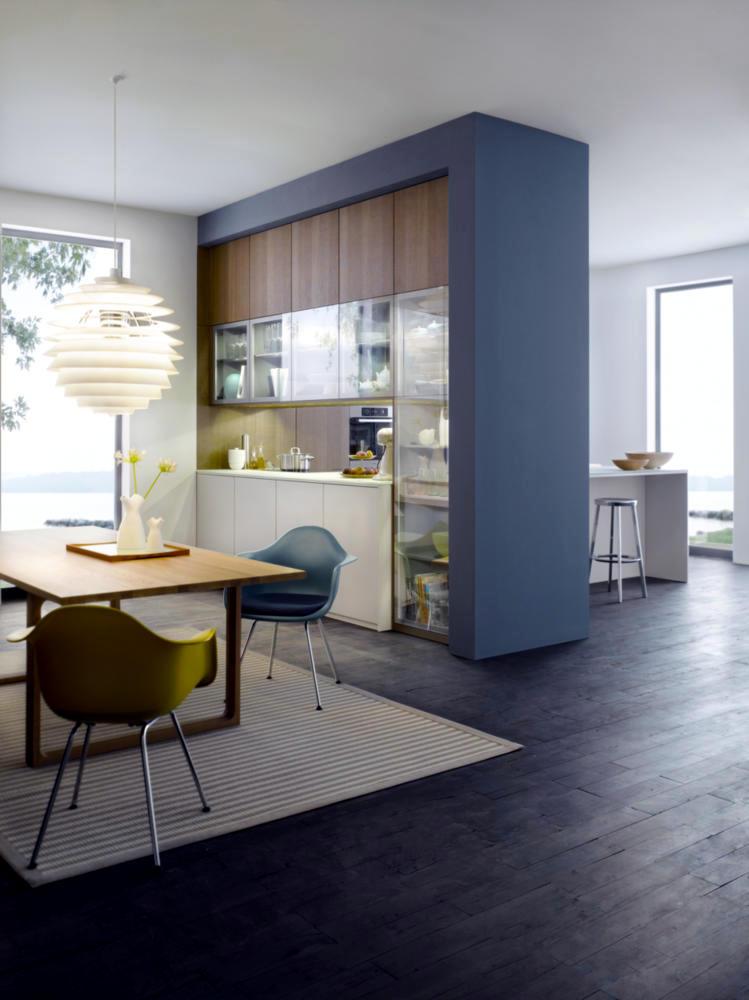 Kitchen as a room divider interior design ideas ofdesign - Kitchen and living room divider ...