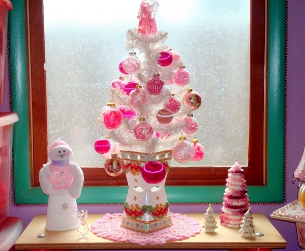 The bright and beautiful colors for multicolor Christmas decorations