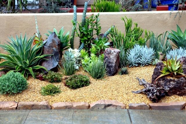 Creative ideas on how to use the sand on garden design
