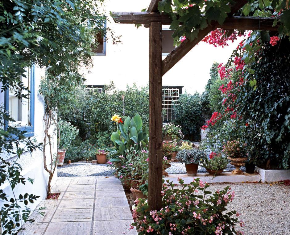 mediterranean garden design - Mediterranean Garden