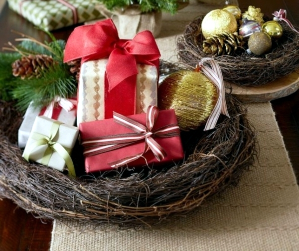 30 Ideas For Christmas Traditional Arrangements Home
