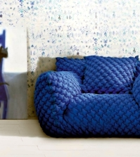 modern-sofa-design-nuvola-in-bright-colors-by-paola-navone-0-982