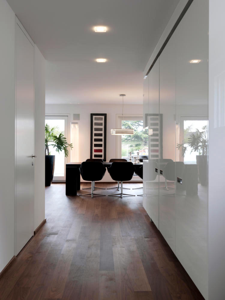 The White Walls And Wooden Floor Interior Design Ideas Ofdesign