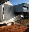 modern-house-on-the-coast-of-australia-with-an-asymmetrical-shape-0-997