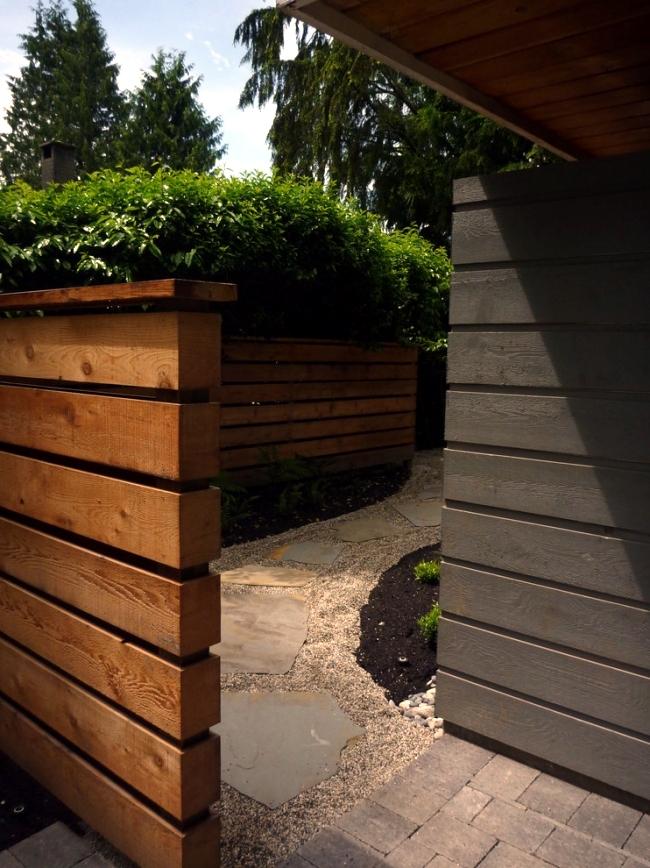 10 Tips to an attractive courtyard and garden design