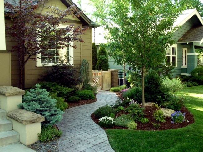 10 Tips to an attractive courtyard and garden design