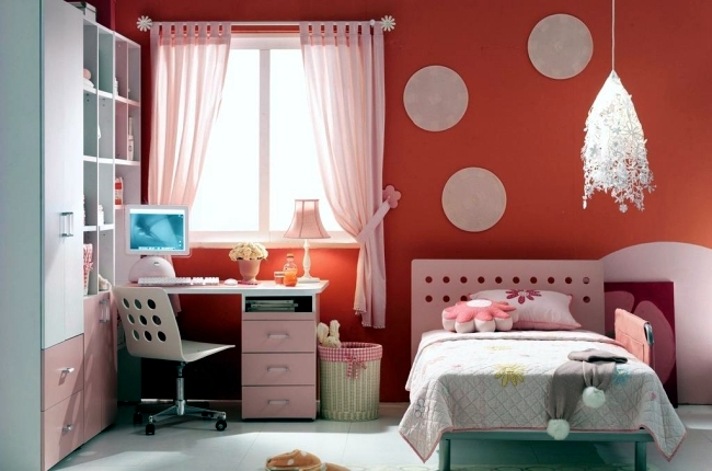 Bright red + soft grey | Kids room