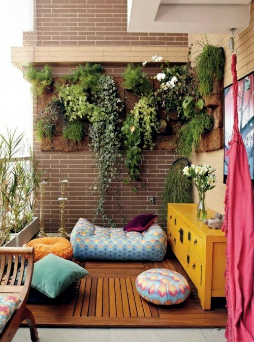 14 Balcony ideas – with flower boxes decorate the railings ...