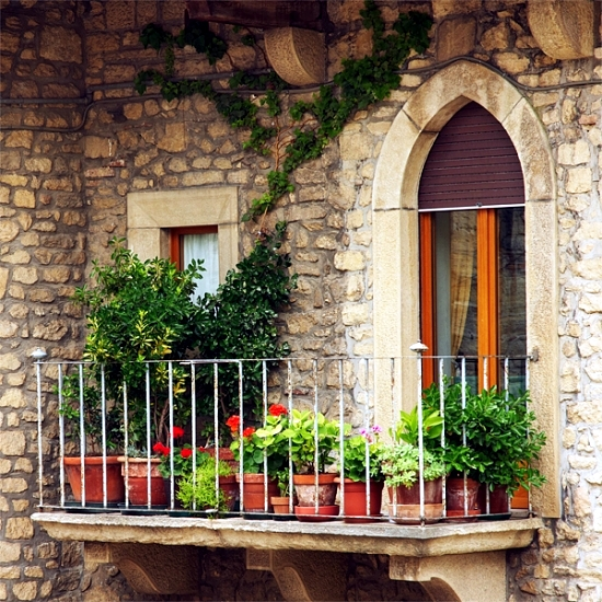 15 ideas for attractive balcony design for little money