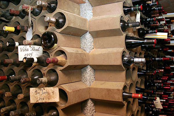 20 ideas for wine racks can build yourself - wine storage at home