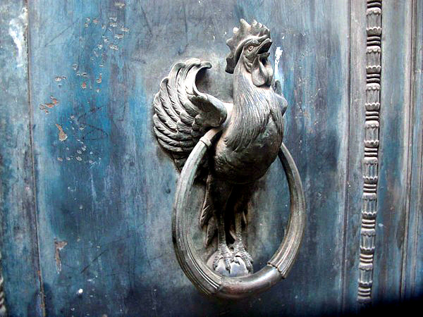 22 Creative Door Knocker In Antique Look With Interesting