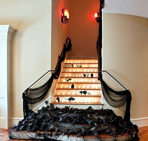 Beautiful 30 Fall And Halloween Decorations For Your Stairs At Home