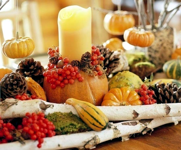 Autumn decorations & 30 ideas for autumn table decoration with pumpkins for Thanksgiving ...