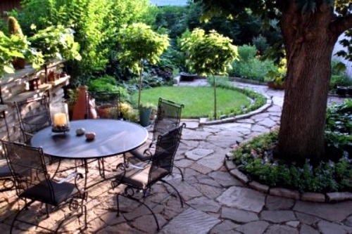 6 Useful Tips for a successful garden design in the backyard