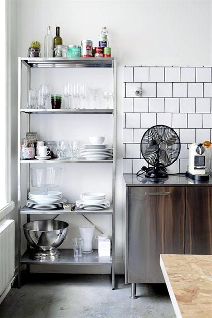 a bright apartment with minimalist decor - Minimalist Decor