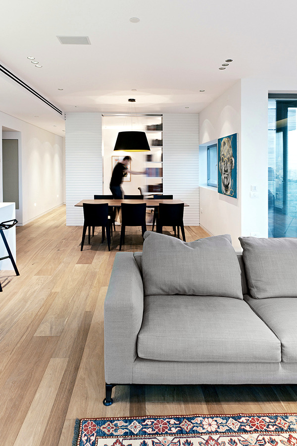 A clean apartment in Tel Aviv