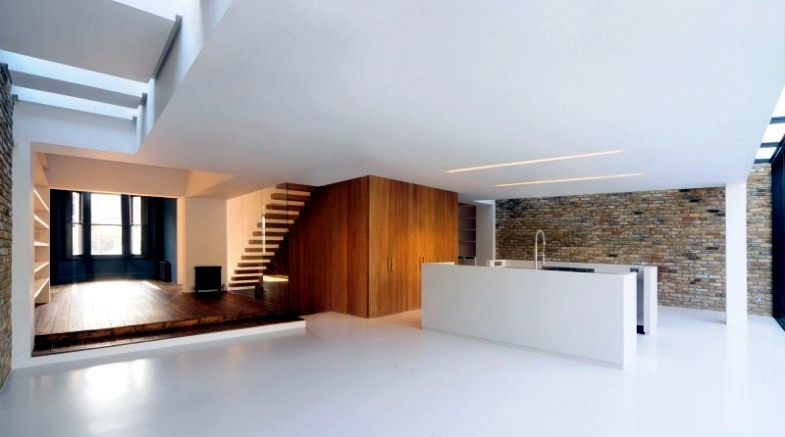 HOUSE EXTENSION AND MODERN