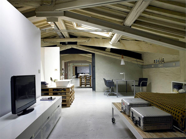 A loft where the palette used furniture