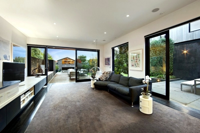 A renovated Victorian house with modern extension in Australia