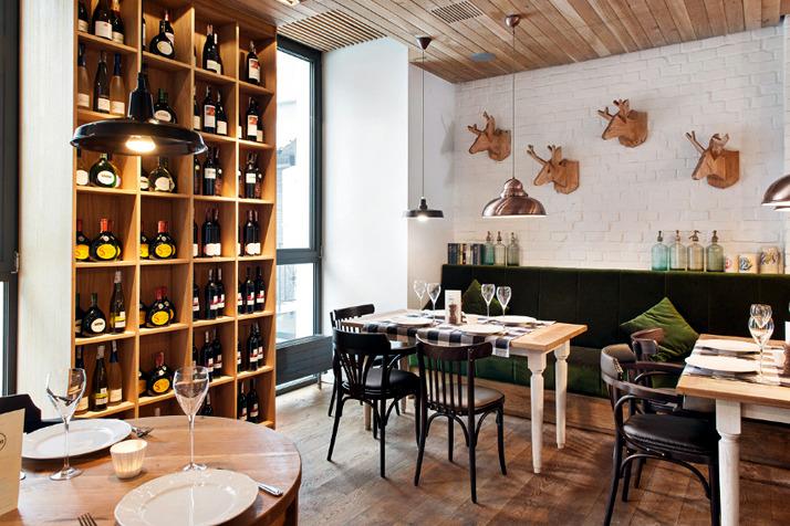 A restaurant in the chic rustic decor interior design