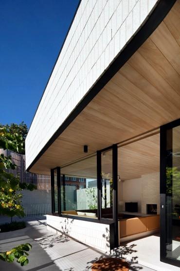 Garage exterior architecture