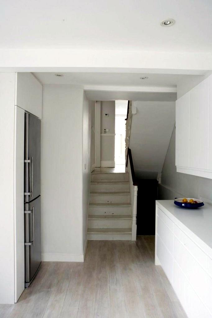 An interior decoration to the minimum