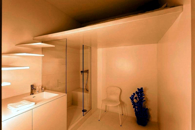 Apartment renovation - small studio gets new look