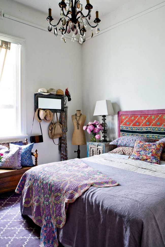 Apartment with colorful vintage look