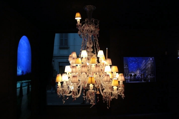 "Art exhibition with light - Luxury Chandelier ""Baccarat highlights"""