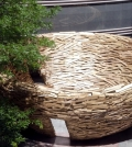 art-installation-from-eur-pallets-provides-quiet-island-for-readers-0-888903071