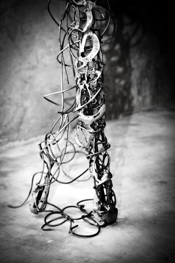 Ballerinas - unique metal sculptures by Regardt van der Meulen