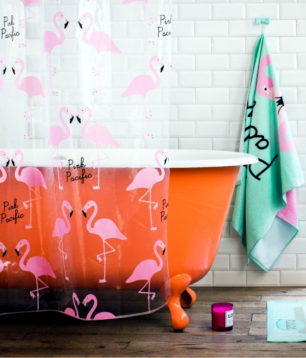 Bold colors in the bathroom - interior design ideas for atmospheric ambience
