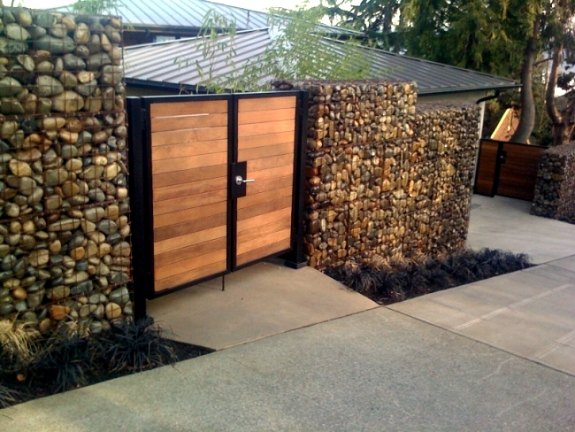 Build Raised Flower Beds Benches And Gabion Fences