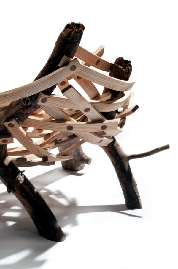 "By a nest-inspired designer armchair ""Eyrie"" by Floris Wubben"
